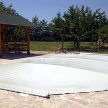 Mika Cerade Ub Prekrivke za bazene